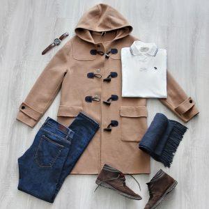 Outfit s kabátom v ťavej farbe